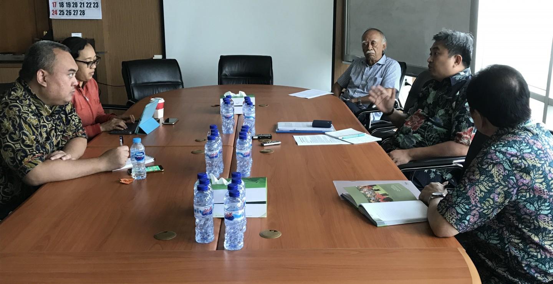 kunjungan-kantor-berita-bloomberg-ke-asosiasi-gula-rafinasi-indonesia